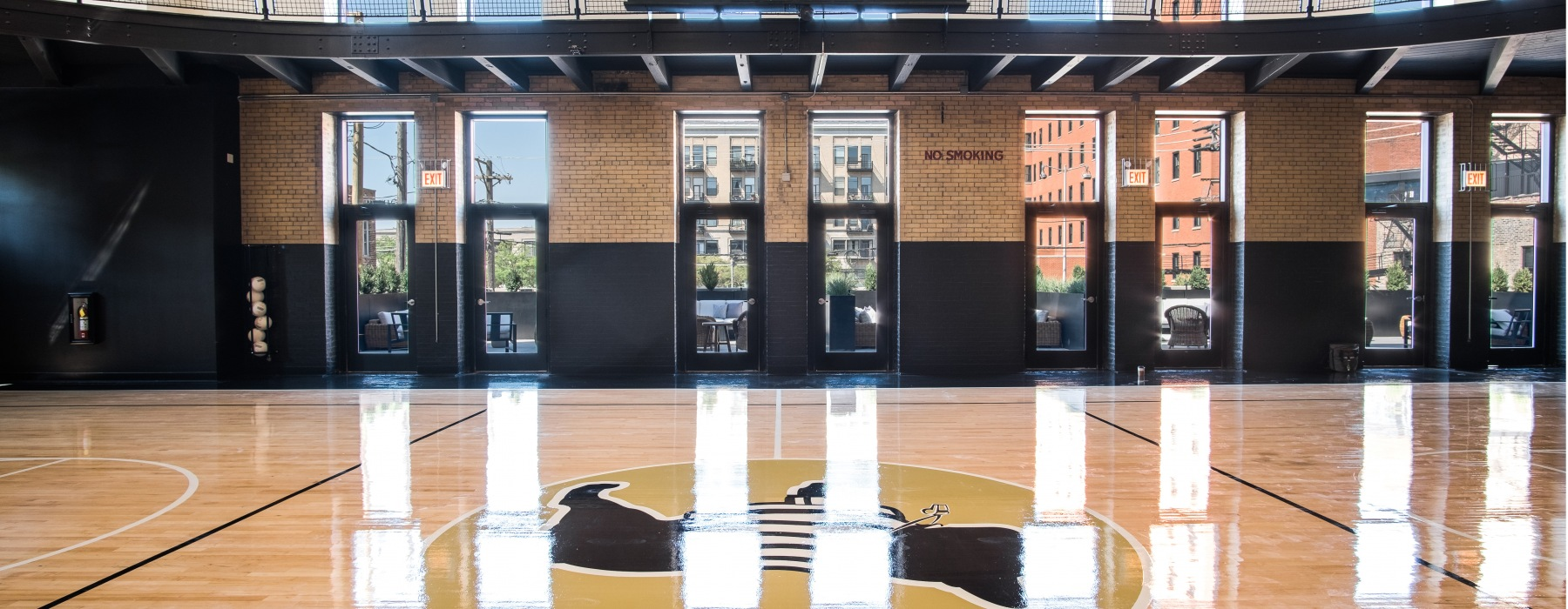 Basketball Court at The Duncan West Loop Apartments for Rent in Chicago